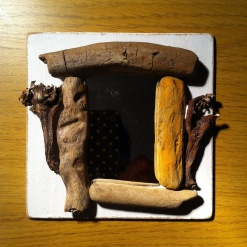 Mini driftwood mirror